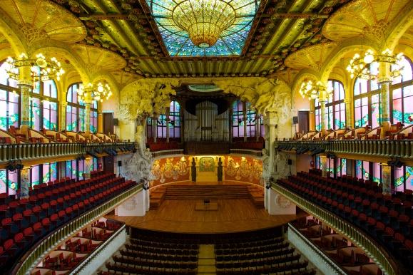 Palau_de_la_Música_Catalana,_the_Catalan_Concert_Hall.jpg